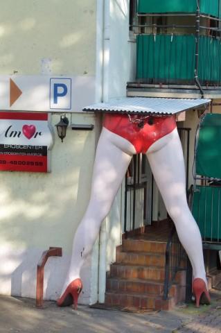 Le famose gambe all'entrata posteriore del Sudfass.