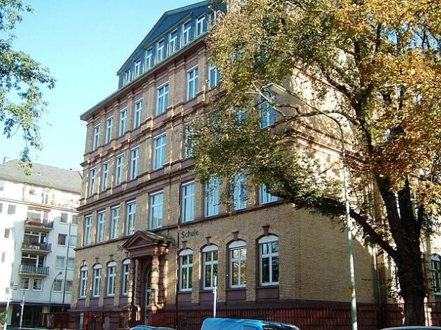 La Sophienschule, Hauptschule a Bockenheim. Foto © ArcCan/ Wikimedia Commons / CC BY-SA 3.0 /