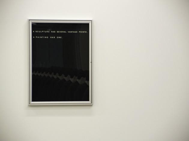 L'opera di Bethan Huws. Foto Costanza Sartori